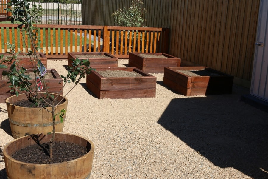 natural play spaces melbourne garden beds