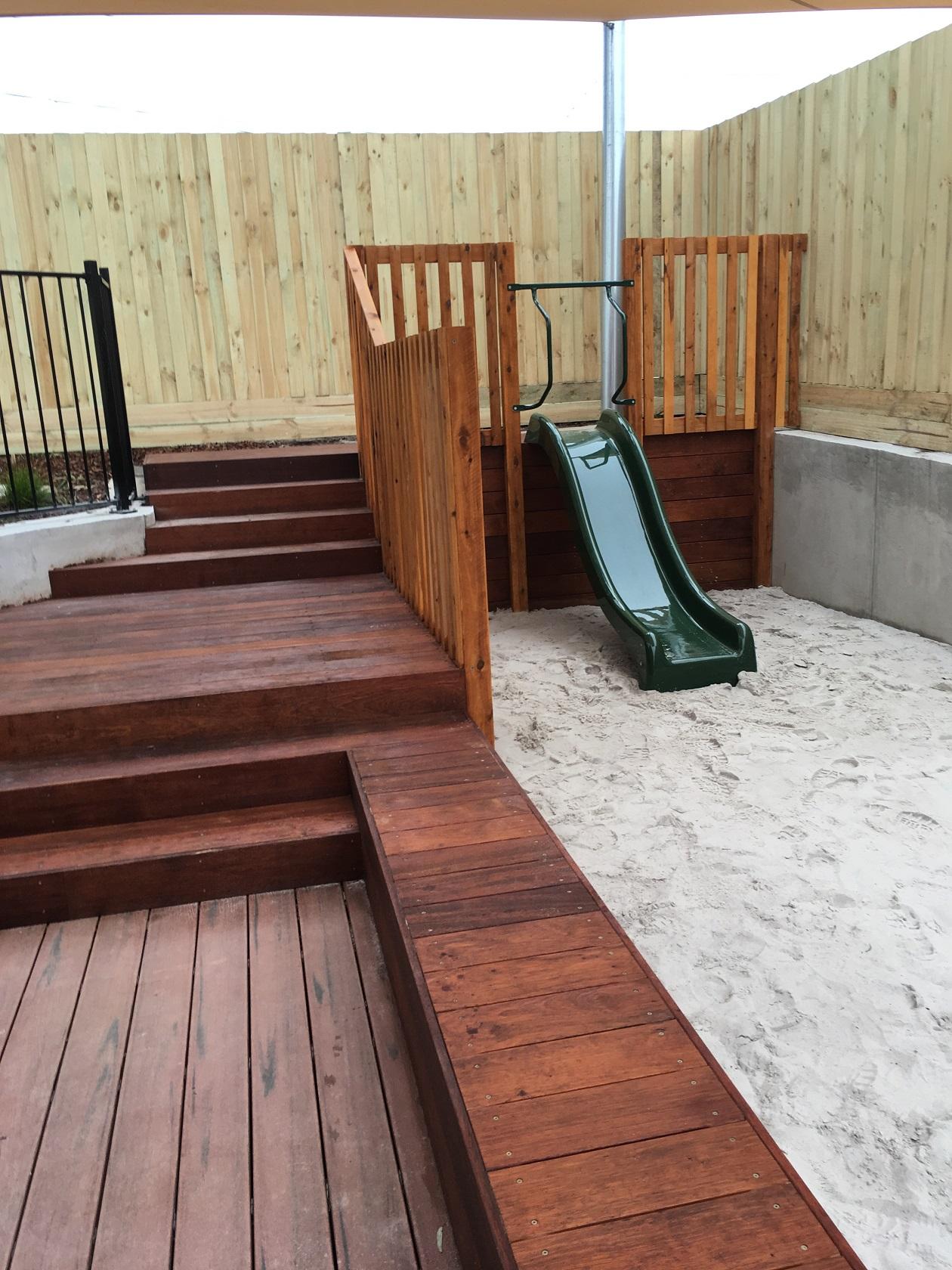 Slide retaining - South Morang