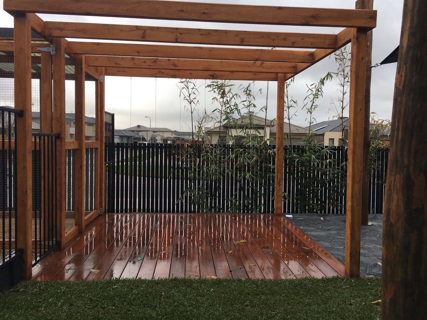 arbour with deck - Upper point cook