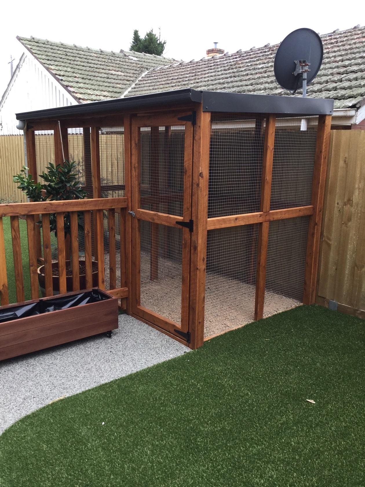 double animal enclosure - preston