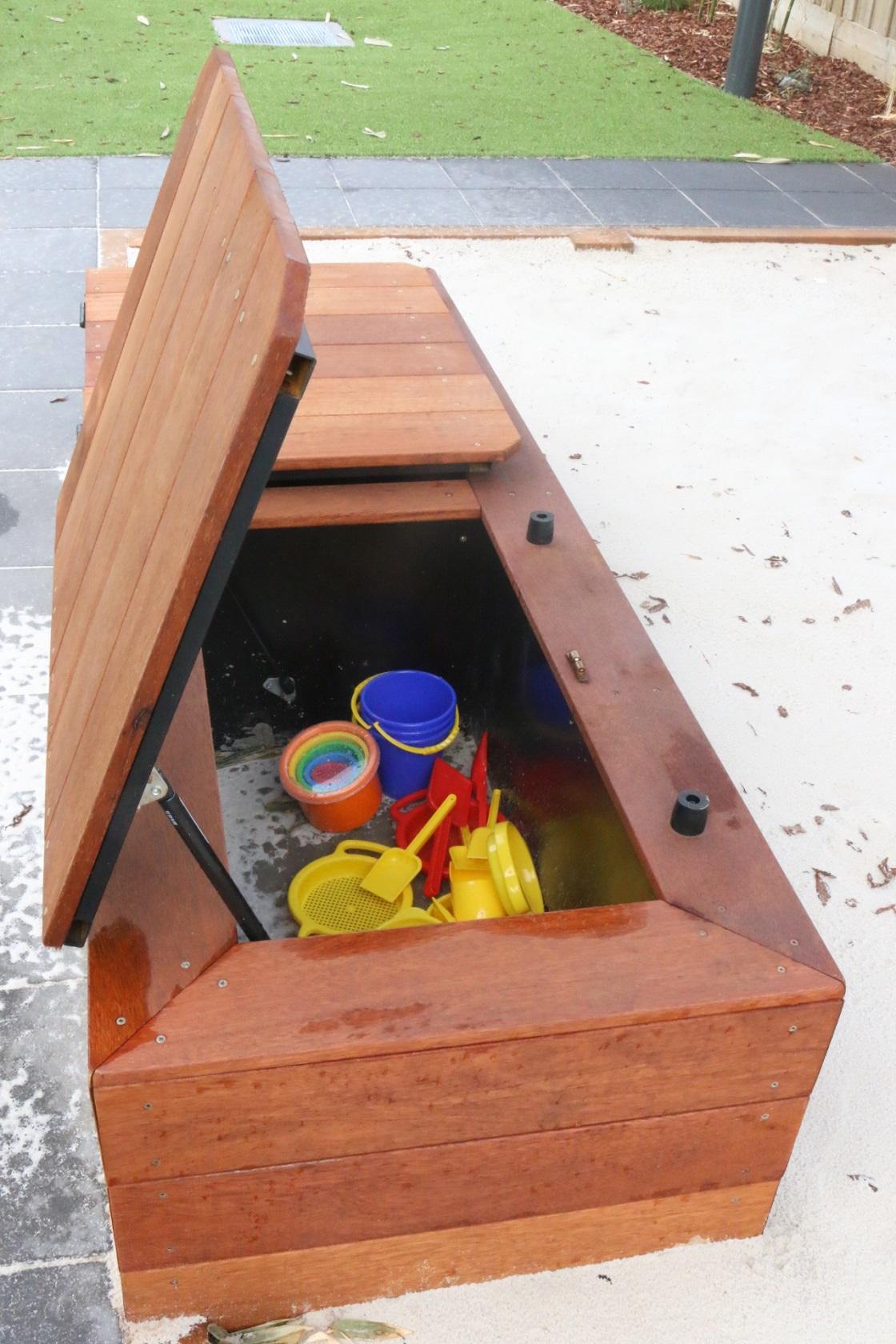 double storage box - williams landing