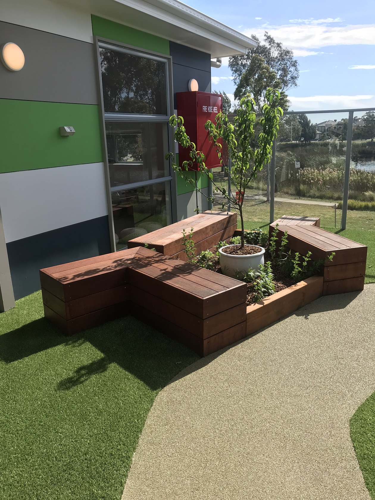 seating - cairnlea