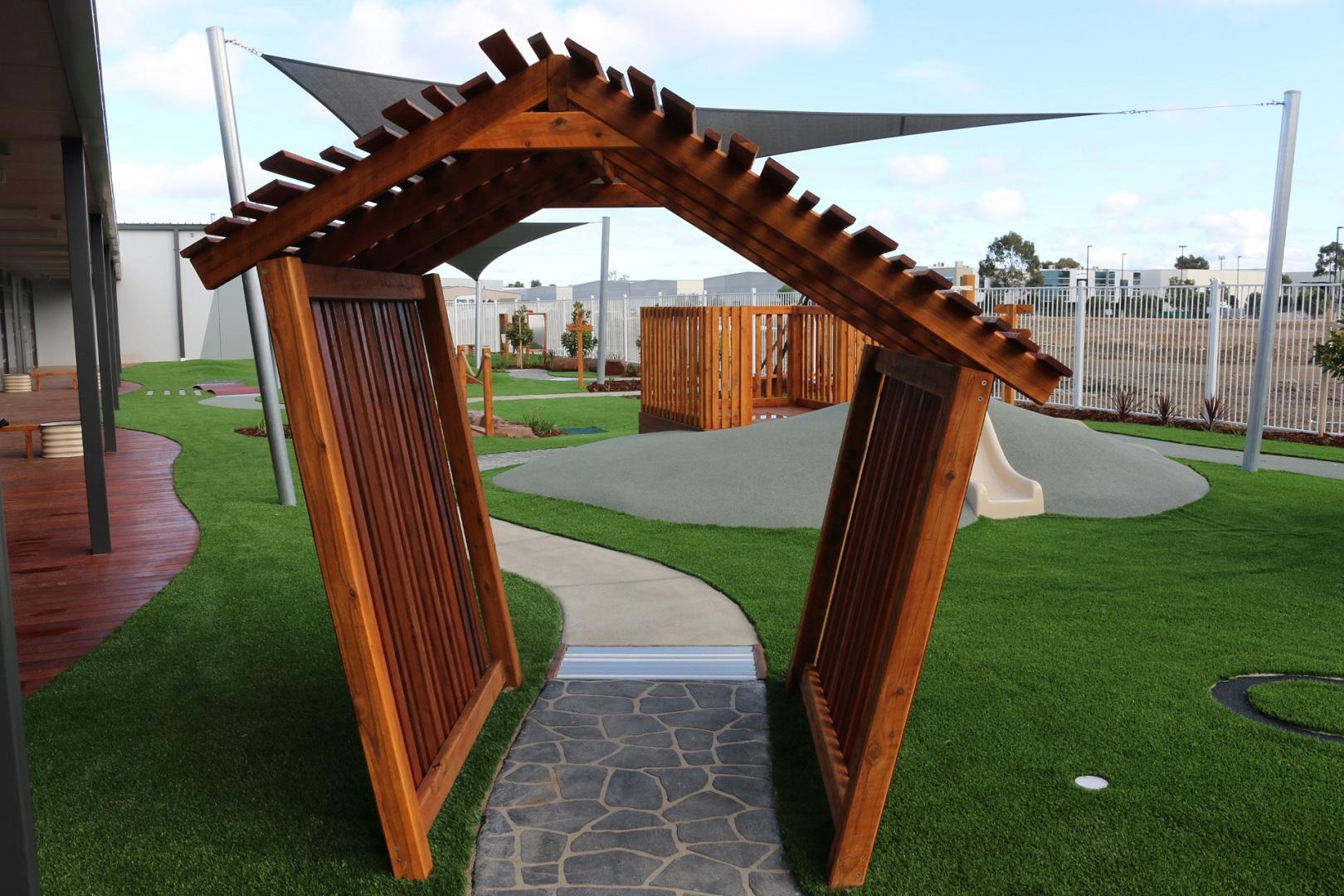wobble arch - lynbrook